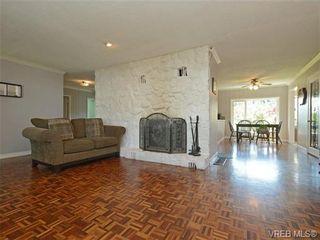 Photo 4: 663 Kent Rd in VICTORIA: SW Tillicum House for sale (Saanich West)  : MLS®# 730279