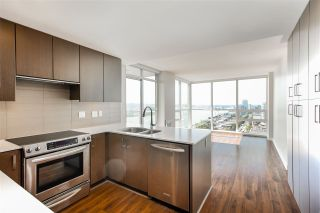 "Photo 10: 1504 125 COLUMBIA Street in New Westminster: Downtown NW Condo for sale in ""Northbank"" : MLS®# R2401099"