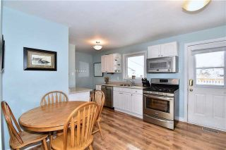 Photo 2: 218 Davidson Street in Pickering: Rural Pickering House (Bungalow) for sale : MLS®# E4045876