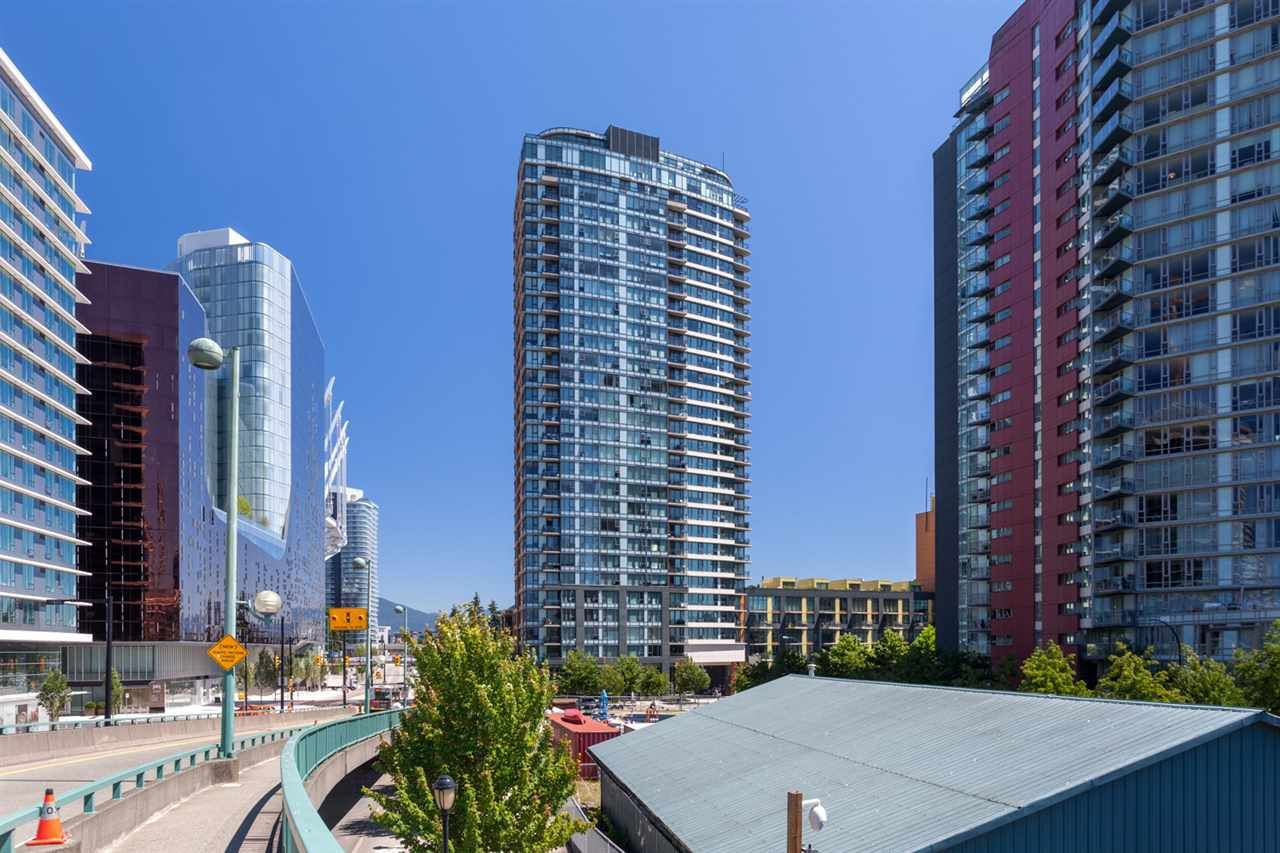 Main Photo: 2505 33 SMITHE STREET in Vancouver: Yaletown Condo for sale (Vancouver West)  : MLS®# R2289422