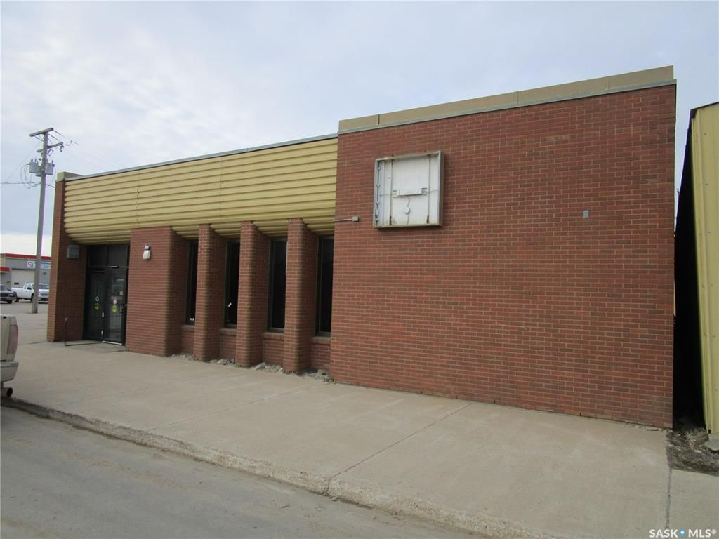 Main Photo: 903 100th Avenue in Tisdale: Commercial for sale : MLS®# SK844872