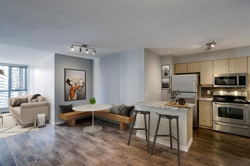 Main Photo: 1005 650 10 Street SW in Calgary: Downtown West End Apartment for sale : MLS®# A1129939