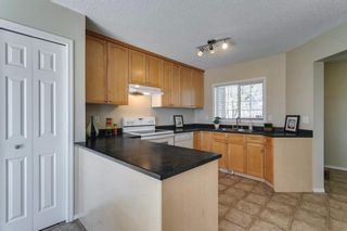 Photo 11: 94 Royal Elm Way NW in Calgary: Royal Oak Detached for sale : MLS®# A1107041