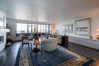 """Photo 4: 1702 320 ROYAL Avenue in New Westminster: Downtown NW Condo for sale in """"Peppertree"""" : MLS®# R2583293"""