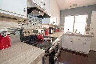 Photo 3: SCRIPPS RANCH Townhouse for sale : 2 bedrooms : 9934 Caminito Chirimolla in San Diego