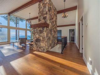 "Photo 28: 7101 DALE Road in Sechelt: Sechelt District House for sale in ""Caleda Estates"" (Sunshine Coast)  : MLS®# R2515160"