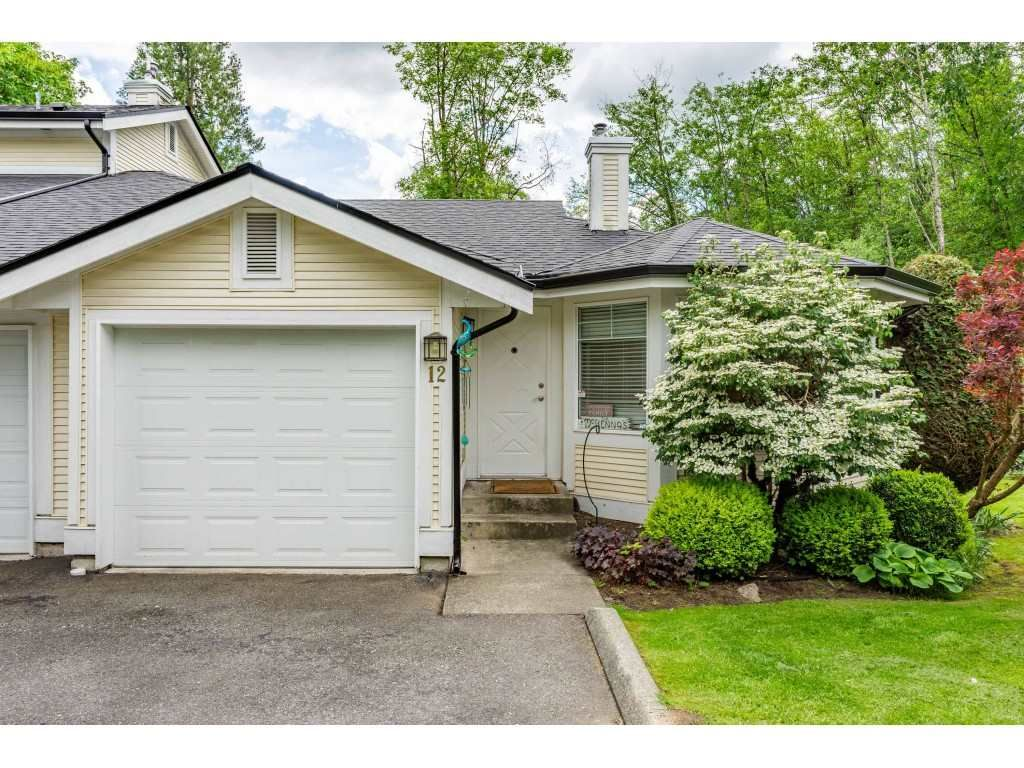 """Main Photo: 12 20761 TELEGRAPH Trail in Langley: Walnut Grove Townhouse for sale in """"Woodbridge"""" : MLS®# R2456523"""