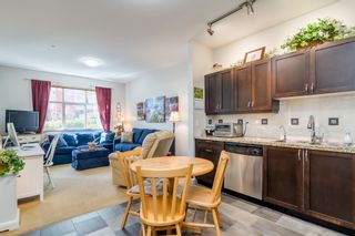 """Photo 10: 102 2511 KING GEORGE Boulevard in Surrey: King George Corridor Condo for sale in """"PACIFICA"""" (South Surrey White Rock)  : MLS®# R2368451"""