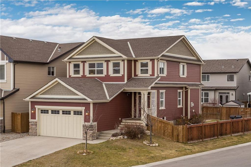 Welcome to 73 Chaparral Valley Grove - a quiet family friendly street where kids are often playing basketball, street hockey or riding their bikes.
