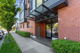 """Photo 4: 309 2008 E 54TH Avenue in Vancouver: Fraserview VE Condo for sale in """"CEDAR 54"""" (Vancouver East)  : MLS®# R2587612"""