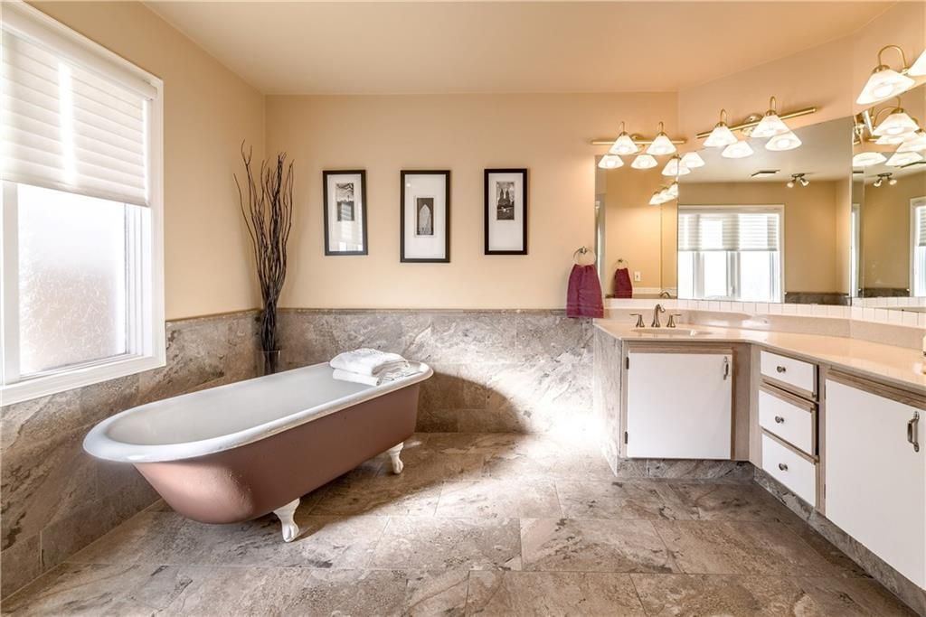 Photo 31: Photos: 248 WOOD VALLEY Bay SW in Calgary: Woodbine Detached for sale : MLS®# C4211183