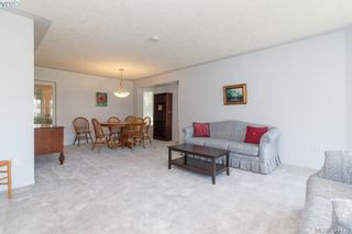 Photo 4: 1047 Adeline Pl in VICTORIA: SE Broadmead House for sale (Saanich East)  : MLS®# 791460