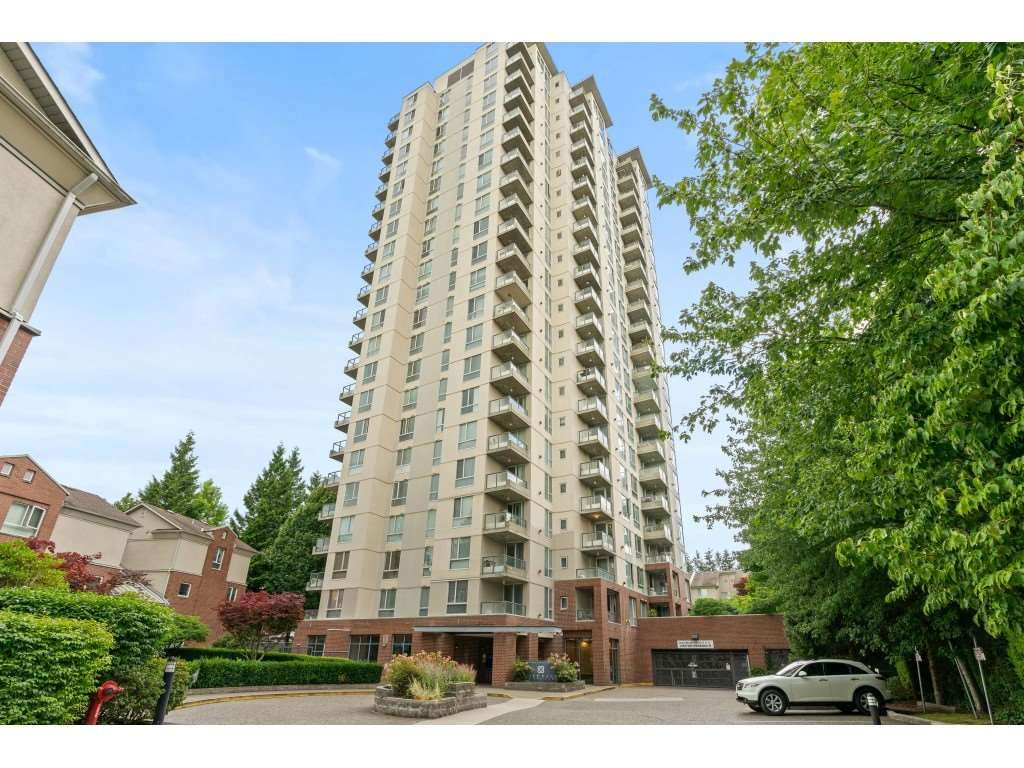 """Main Photo: 206 7077 BERESFORD Street in Burnaby: Highgate Condo for sale in """"CITY CLUB ON THE PARK"""" (Burnaby South)  : MLS®# R2480129"""