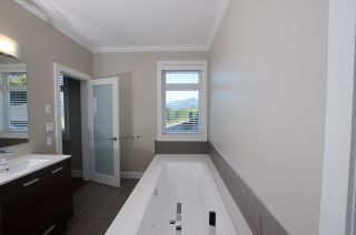 """Photo 19: 3557 MCGILL ST in Vancouver: Hastings East House for sale in """"VANCOUVER HEIGHTS"""" (Vancouver East)  : MLS®# V970649"""