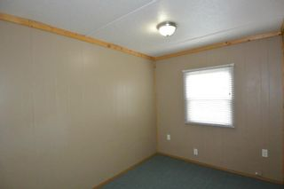 """Photo 18: 75 95 LAIDLAW Road in Smithers: Smithers - Rural Manufactured Home for sale in """"MOUNTAIN VIEW MOBILE HOME PARK"""" (Smithers And Area (Zone 54))  : MLS®# R2399159"""