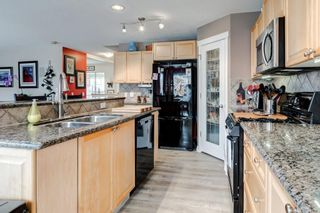 Photo 19: 143 COUGARSTONE Garden SW in Calgary: Cougar Ridge Detached for sale : MLS®# C4295738