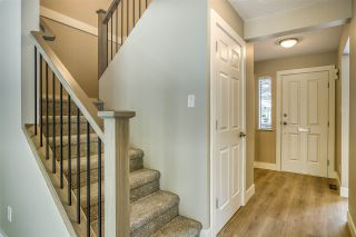 """Photo 8: 15879 ALDER Place in Surrey: King George Corridor Townhouse for sale in """"ALDERWOOD"""" (South Surrey White Rock)  : MLS®# R2471622"""