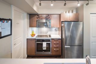 Photo 12: 301 688 E 18TH Avenue in Vancouver: Fraser VE Condo for sale (Vancouver East)  : MLS®# R2602132