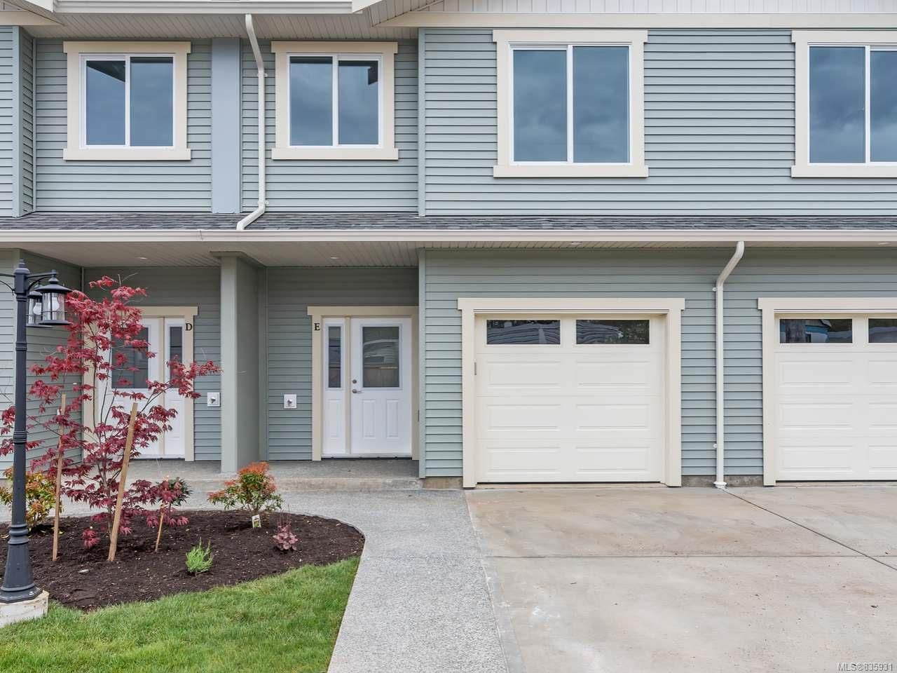 Main Photo: E 328 Petersen Rd in CAMPBELL RIVER: CR Campbell River West Row/Townhouse for sale (Campbell River)  : MLS®# 835931