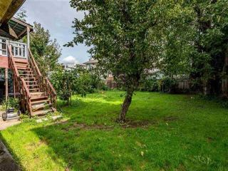 Photo 3: 9384 YOUNG Road in Chilliwack: Chilliwack N Yale-Well House for sale : MLS®# R2515601