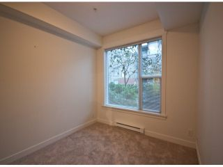 """Photo 8: 119 33539 HOLLAND Avenue in Abbotsford: Central Abbotsford Condo for sale in """"The Crossing"""" : MLS®# F1427624"""