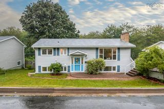 Photo 1: 77 Dickey Drive in Lower Sackville: 25-Sackville Residential for sale (Halifax-Dartmouth)  : MLS®# 202123527
