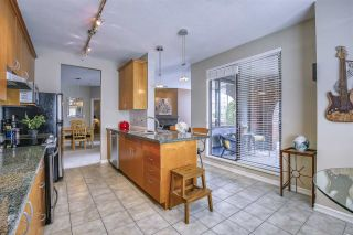 """Photo 14: 101 1581 FOSTER Street: White Rock Condo for sale in """"Sussex House"""" (South Surrey White Rock)  : MLS®# R2478848"""