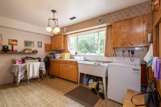 Photo 8: 1516 SEMLIN Drive in Vancouver: Grandview Woodland House for sale (Vancouver East)  : MLS®# R2607064