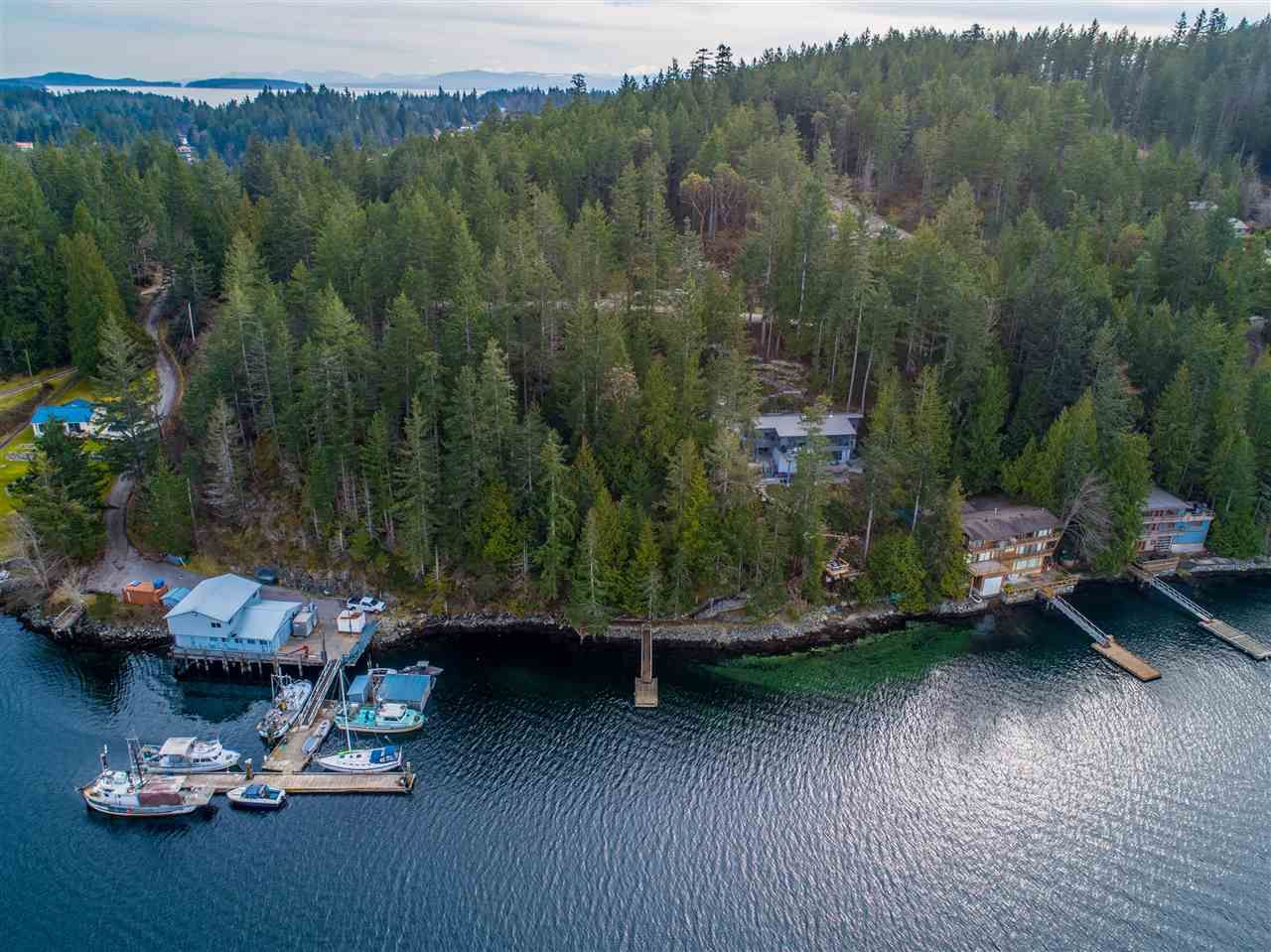 Photo 9: Photos: 4216 FRANCIS PENINSULA Road in Madeira Park: Pender Harbour Egmont House for sale (Sunshine Coast)  : MLS®# R2549311