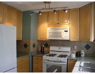 Photo 3: 12331 GREENWELL Street in Maple_Ridge: East Central House for sale (Maple Ridge)  : MLS®# V712376