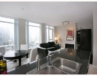 "Photo 3: 1103 1001 HOMER Street in Vancouver: Downtown VW Condo for sale in ""THE BENTLEY"" (Vancouver West)  : MLS®# V699236"