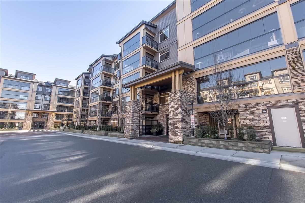 """Main Photo: B322 8218 207A Street in Langley: Willoughby Heights Condo for sale in """"YORKSON WALNUT RIDGE 4"""" : MLS®# R2539787"""