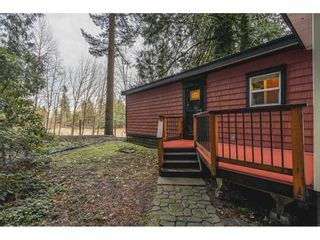 """Main Photo: 22162 96 Avenue in Langley: Fort Langley Manufactured Home for sale in """"Fort Langley"""" : MLS®# R2592986"""