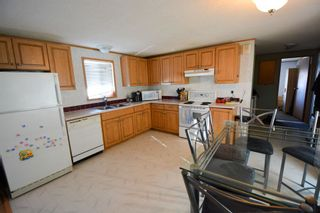 Photo 4: 10547 101 Street: Taylor Manufactured Home for sale (Fort St. John (Zone 60))  : MLS®# R2039695
