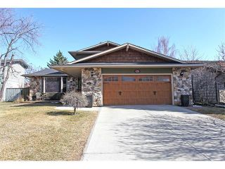 Photo 1: 124 LAKE MEAD Drive SE in Calgary: Lk Bonavista Estates House for sale : MLS®# C4005095