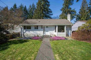Photo 1: 3659 HENDERSON Avenue in North Vancouver: Lynn Valley House for sale : MLS®# R2447200
