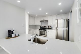 """Photo 5: 405 71 JAMIESON Court in New Westminster: Fraserview NW Condo for sale in """"Palace Quay"""" : MLS®# R2543088"""