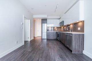 Photo 3: 701 258 NELSON'S Court in New Westminster: Sapperton Condo for sale : MLS®# R2617910