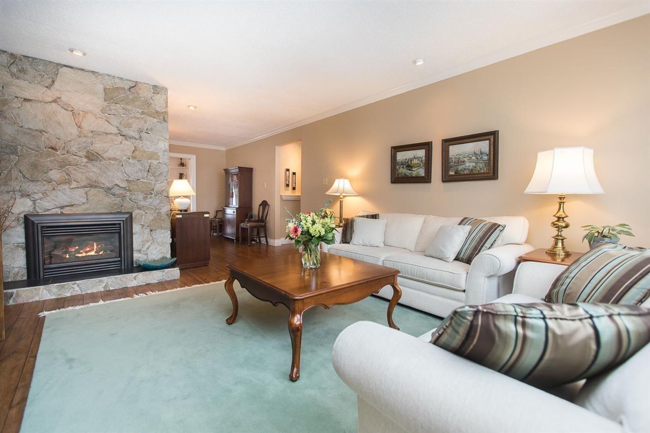 "Main Photo: 6682 BAKER Road in Delta: Sunshine Hills Woods House for sale in ""Sunshine Hills"" (N. Delta)  : MLS®# R2137622"