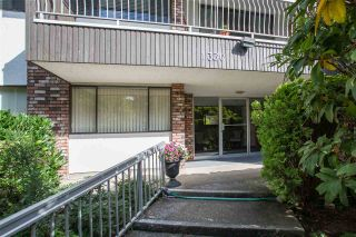 """Photo 1: 103 1330 MARTIN Street: White Rock Condo for sale in """"THE COACH HOUSE"""" (South Surrey White Rock)  : MLS®# R2517158"""