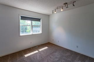 Photo 17: 53 Inverness Drive SE in Calgary: McKenzie Towne Detached for sale : MLS®# A1126962