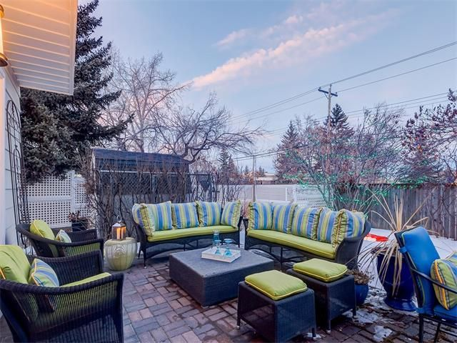 Photo 40: Photos: 7016 KENOSEE Place SW in Calgary: Kelvin Grove House for sale : MLS®# C4055215