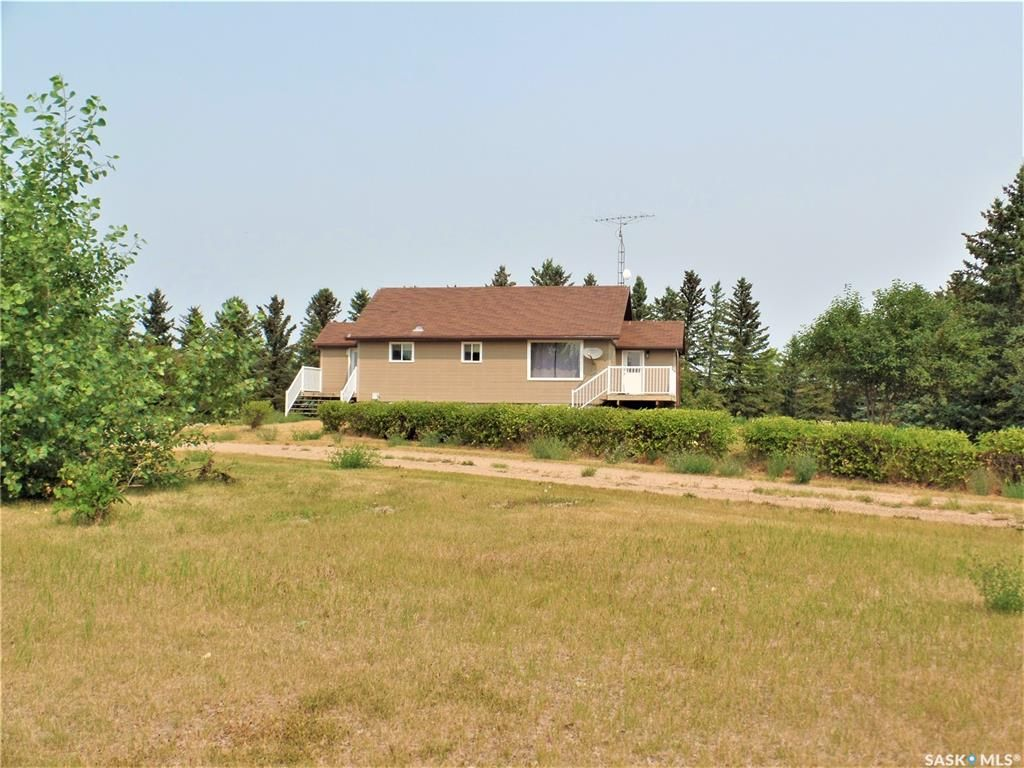 Main Photo: RM of Hearts Hill 9.99 Acres in Heart's Hill: Residential for sale (Heart's Hill Rm No. 352)  : MLS®# SK866598