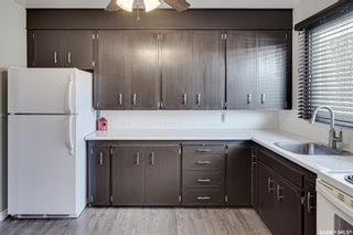 Photo 7: 222 Witney Avenue South in Saskatoon: Meadowgreen Residential for sale : MLS®# SK840959