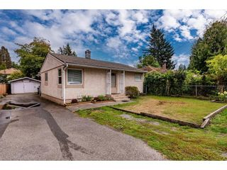 """Photo 3: 2304 MOULDSTADE Road in Abbotsford: Abbotsford West House for sale in """"CENTRAL ABBOTSFORD"""" : MLS®# R2618830"""