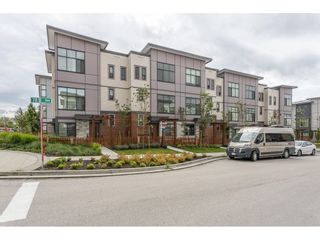 Photo 1: 40 20852 78B Avenue in Langley: Willoughby Heights Townhouse for sale : MLS®# R2470135