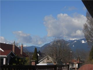 Photo 8: 2306 GRAVELEY ST in Vancouver: Grandview VE House for sale (Vancouver East)  : MLS®# V992637