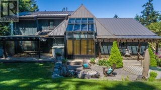 Main Photo: 868 Chichester Rd W in Gabriola Island: House for sale : MLS®# 875919