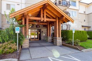 """Photo 1: 316 2955 DIAMOND Crescent in Abbotsford: Abbotsford West Condo for sale in """"Westwood"""" : MLS®# R2246062"""