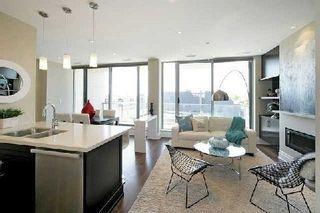 Photo 5: 1 Rainsford Rd Unit #404 in Toronto: The Beaches Condo for sale (Toronto E02)  : MLS®# E3611703